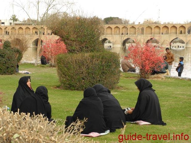 Пикник в Исфахане